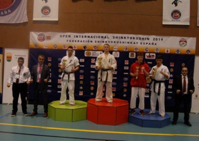 44 ABSOLUTO JUNIOR Masculino -80 Kg